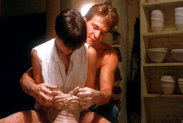Кадр из фильма призрак свидание в гончарной мастерской